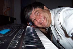 werner an der orgel OAS spielkurs onlinemusikschule helmut eder